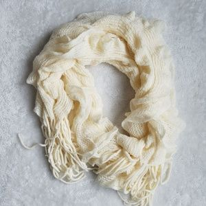 Accessories - Boutique Luxury Ivory Scarf